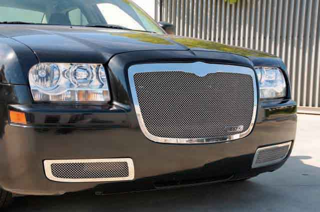 T-Rex 51479 All Black Bentley Style Upper Class Mesh Grille with Center Vertical Bar